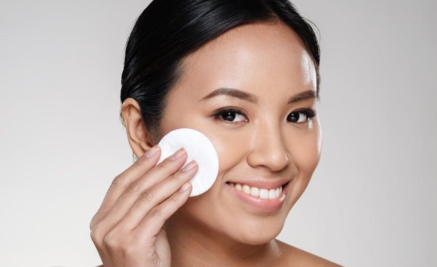 remove-eyelash-extensions-home