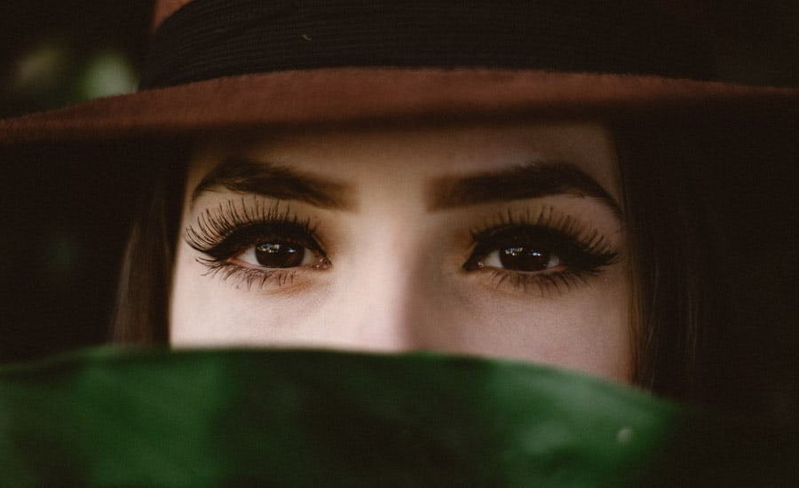 how long eyelash tint last